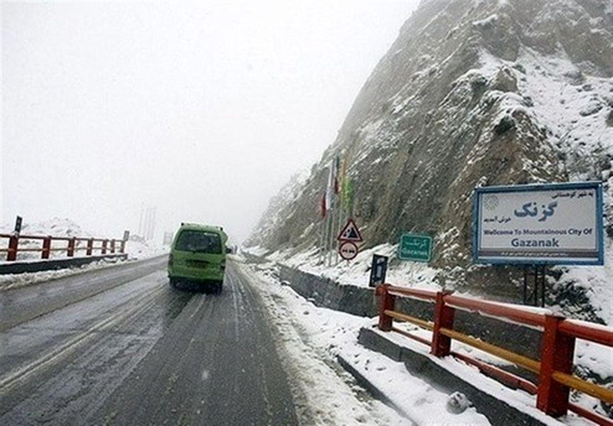 احتمال سقوط بهمن و کولاک شدید در محورهای کوهستانی