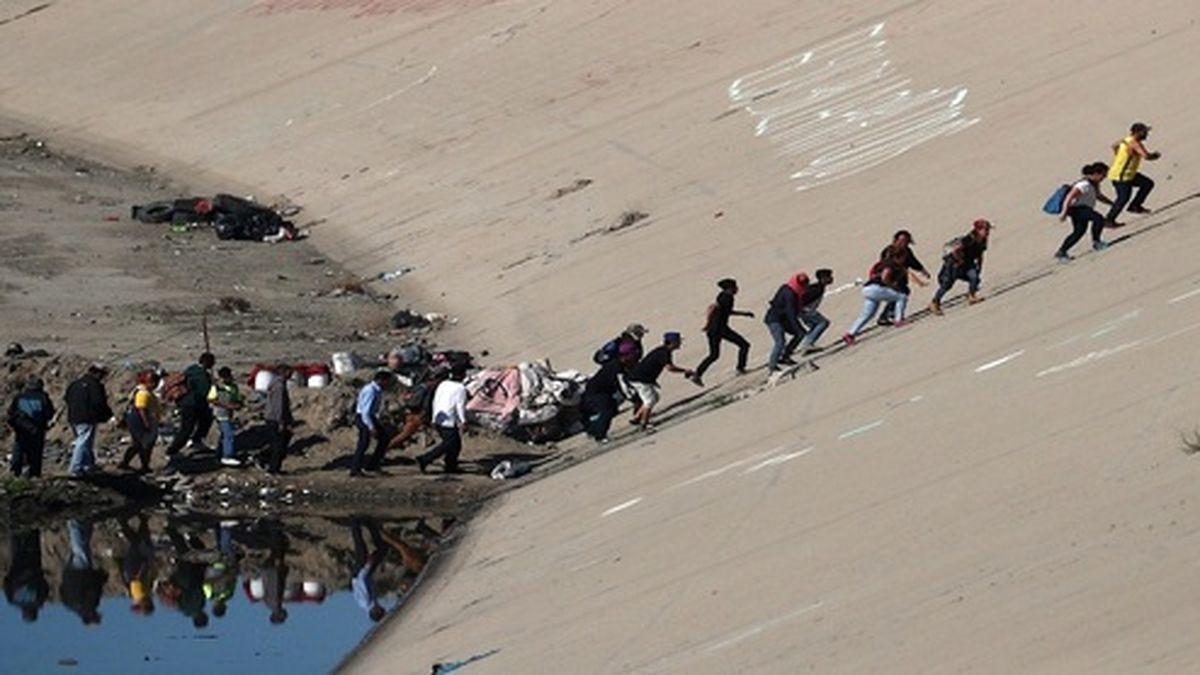 کشف ۱۹ جسد سوخته در نزدیکی مرز مکزیک و آمریکا