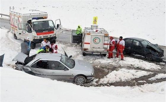 امدادرسانی به ١١٧٥٥ نفر در ۲۴ استان متأثر از برف و کولاک