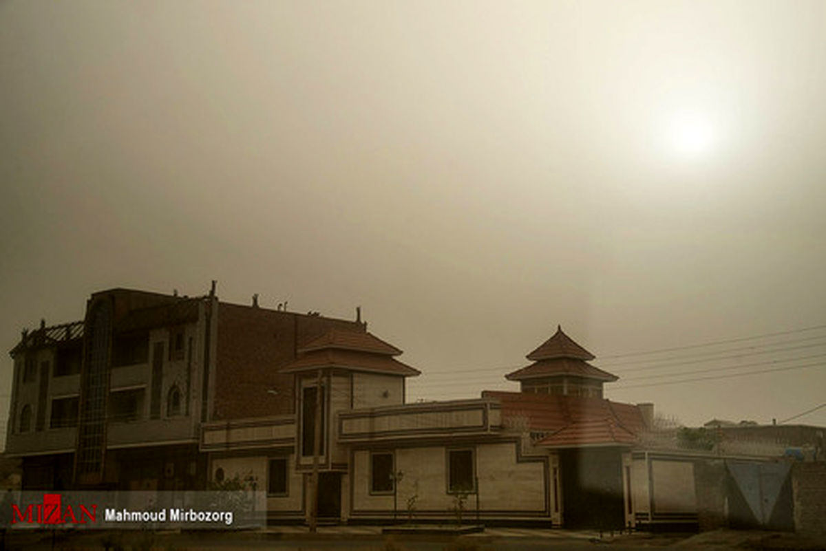 تصاویر: گرد و غبار در آسمان زاهدان