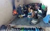 تصویری تکان دهنده: مدرسهای که با هیزم گرم میشود!